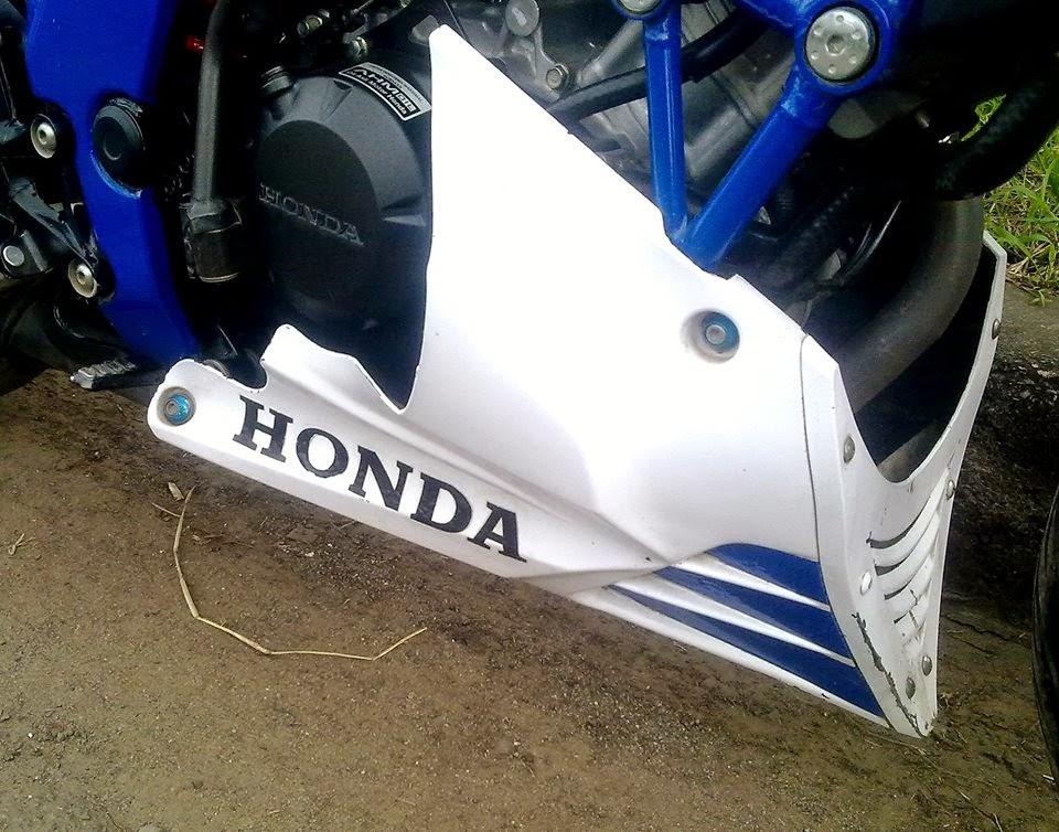 Foto Modifikasi Honda CB150R Manis Cantik