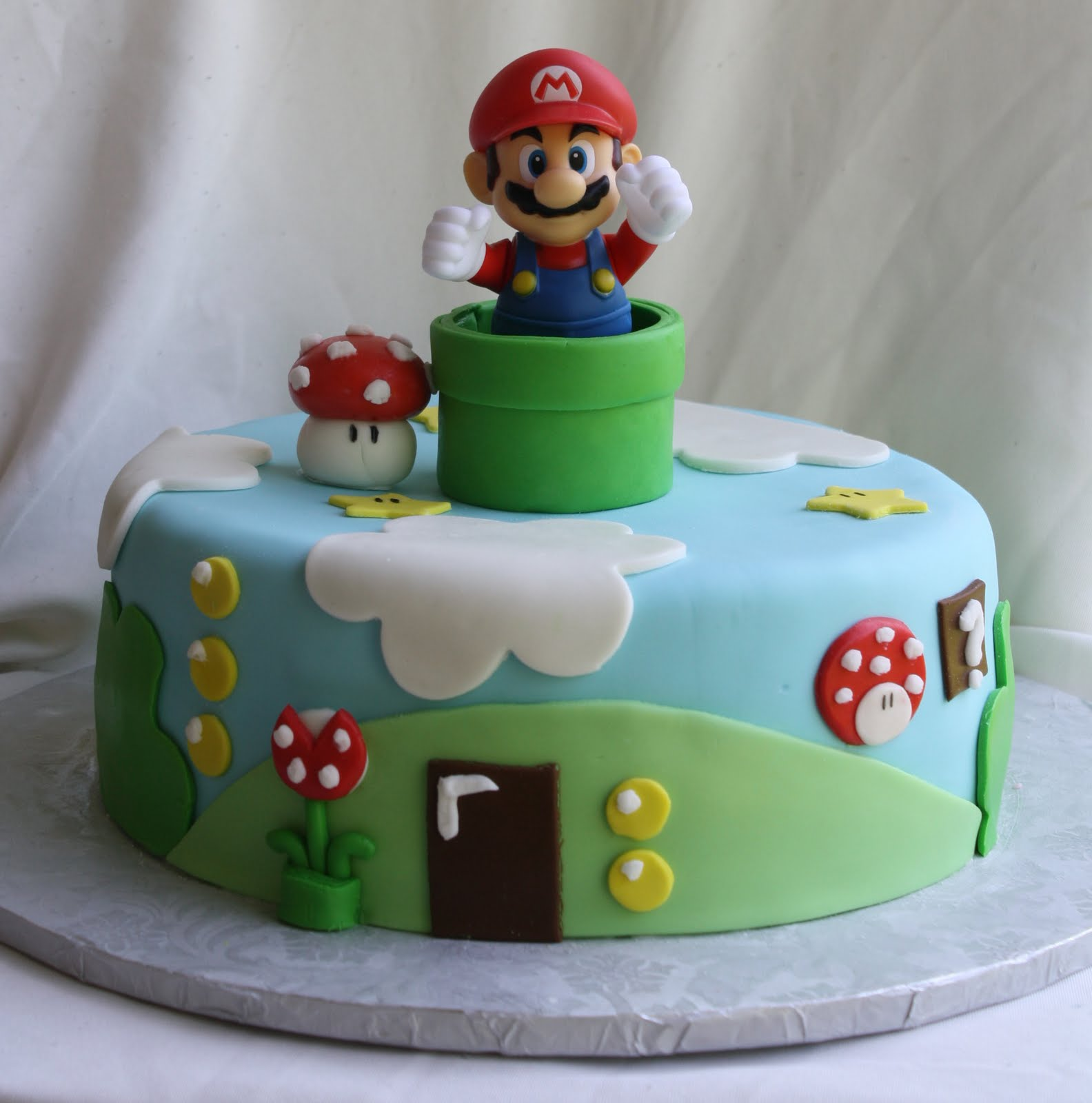 super mario bros cake. Black Bedroom Furniture Sets. Home Design Ideas