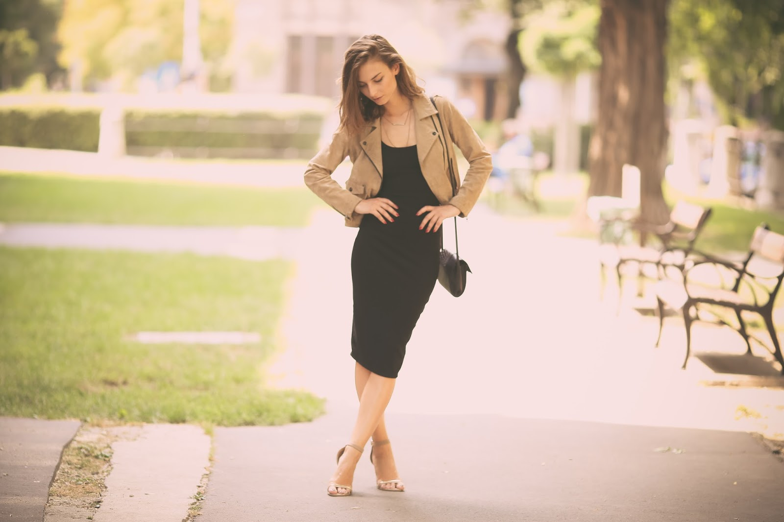 WEARING THE LITTLE BLACK DRESS WITH A BEIGE JACKET | What Vero Wears