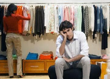Tujuh Alasan Pria Malas Diajak Belanja Oleh Pasangannya