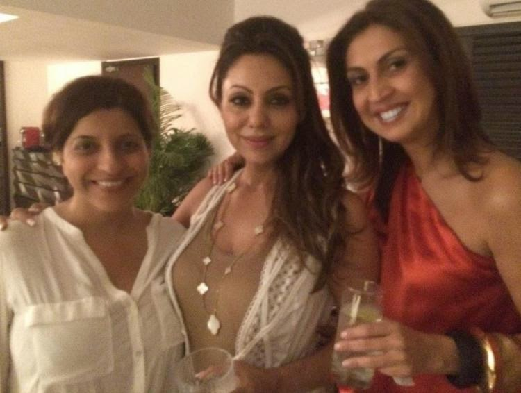 Celebs at Gauri Khan's birthday bash! gallery