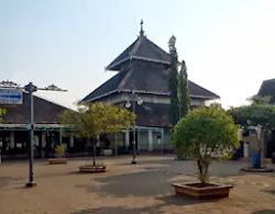 Masjid Agung Demak :
