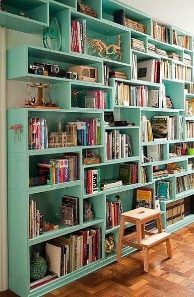libreria en el salon