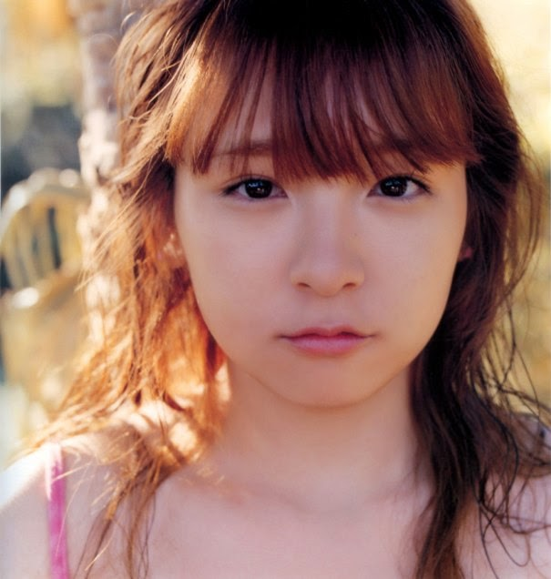 Mantan JPop 'Morning Musume' Ai Kago Resmi Bercerai