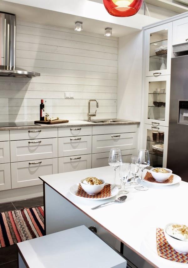 hth kök varberg, vitt kök, köksluckor hth kök, utställningskök varberg