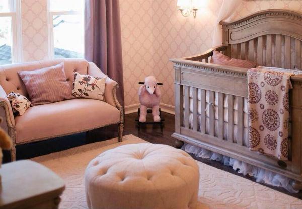 Cuarto decorado para beb ni a colores en casa - Habitacion de nina bebe ...