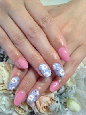 Nail-Art-Summer-2012-New-Designs