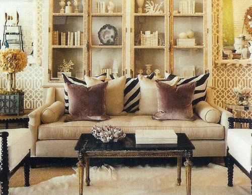 Carlyle Living Room Furniture