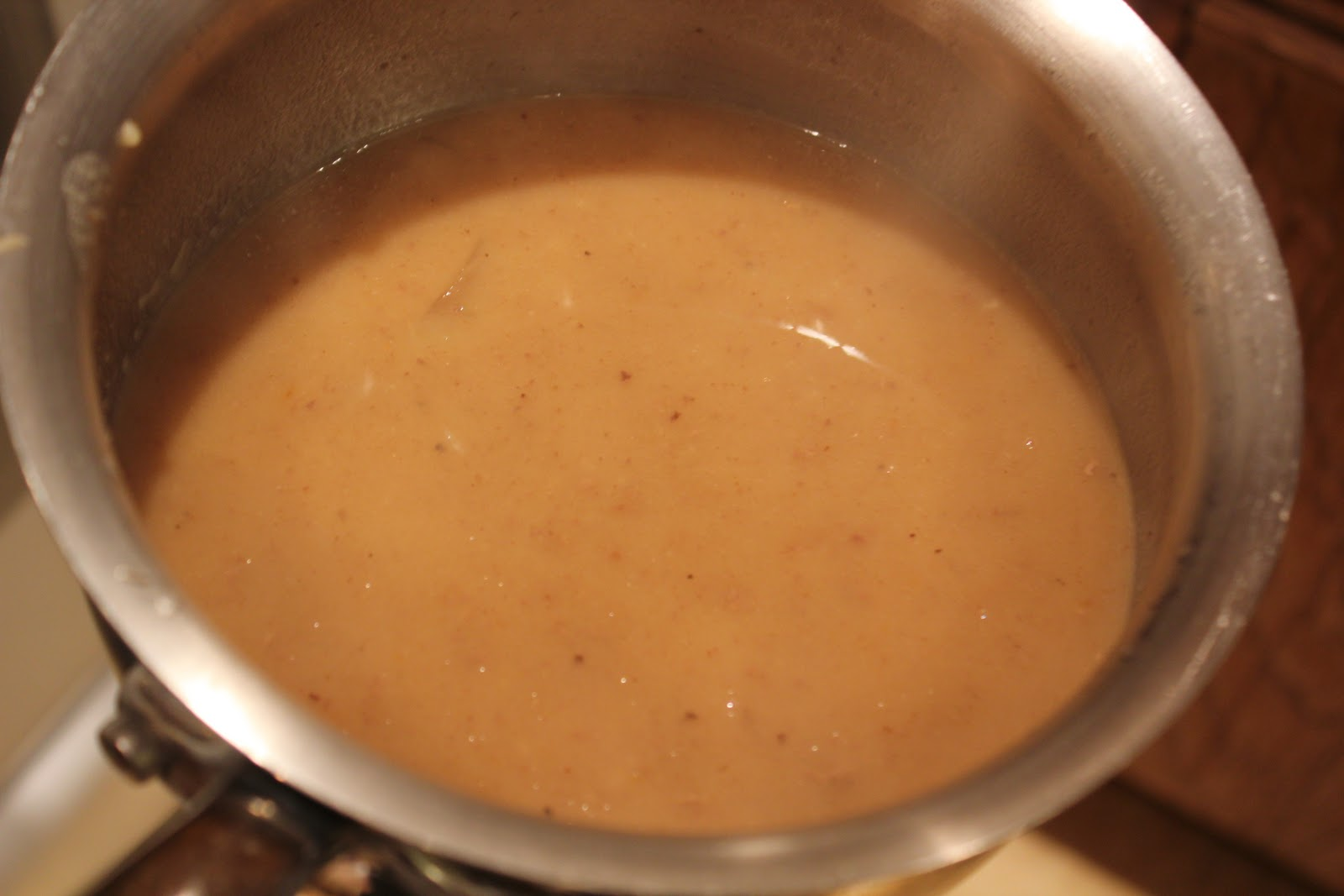 how to make gravy from pot roast with flour