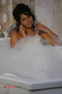 Tollywood Actress Rachana Mourya Spicy Stills in Tub 0012