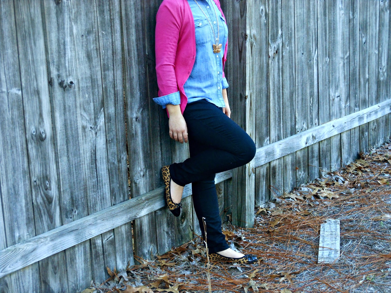 Chambray and Pink. chambray shirt, pink cardigan, black skinnies, leopard flats, butterfly necklace.