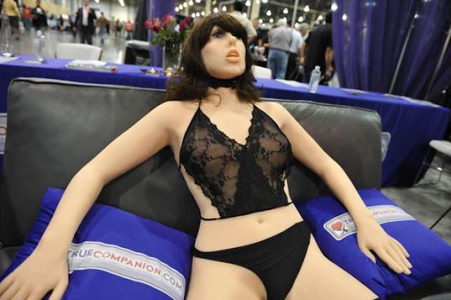 http://www.asalasah.com/2016/01/akankah-robot-seks-jadi-trend-terbaru.html