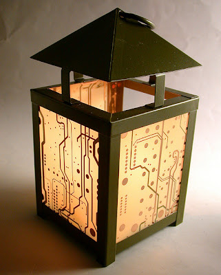 Creative and Cool Ways to Reuse Old Circuit Boards (15) 6