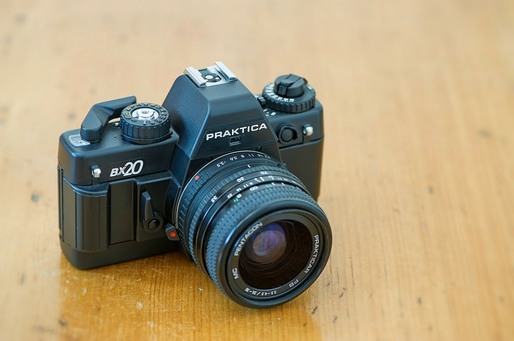 A geek and his camera: praktica bx20