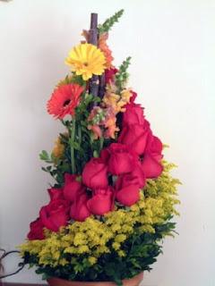 Como Hacer Arreglos Florarles y Ramos