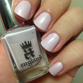 Vernis Iseult A England