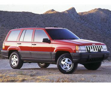 harga jeep cherokee indonesia
