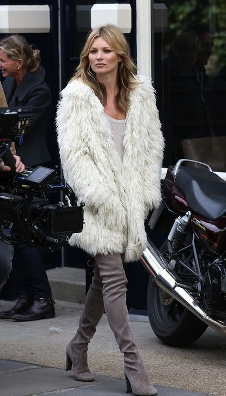 Kate Moss stylish street style with white fur coat outfit
