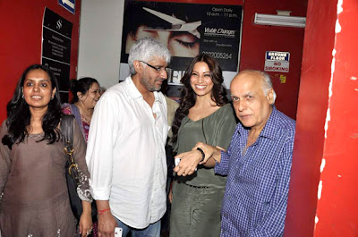 Bipasha Basu & Celbs at Raaz 3 screening