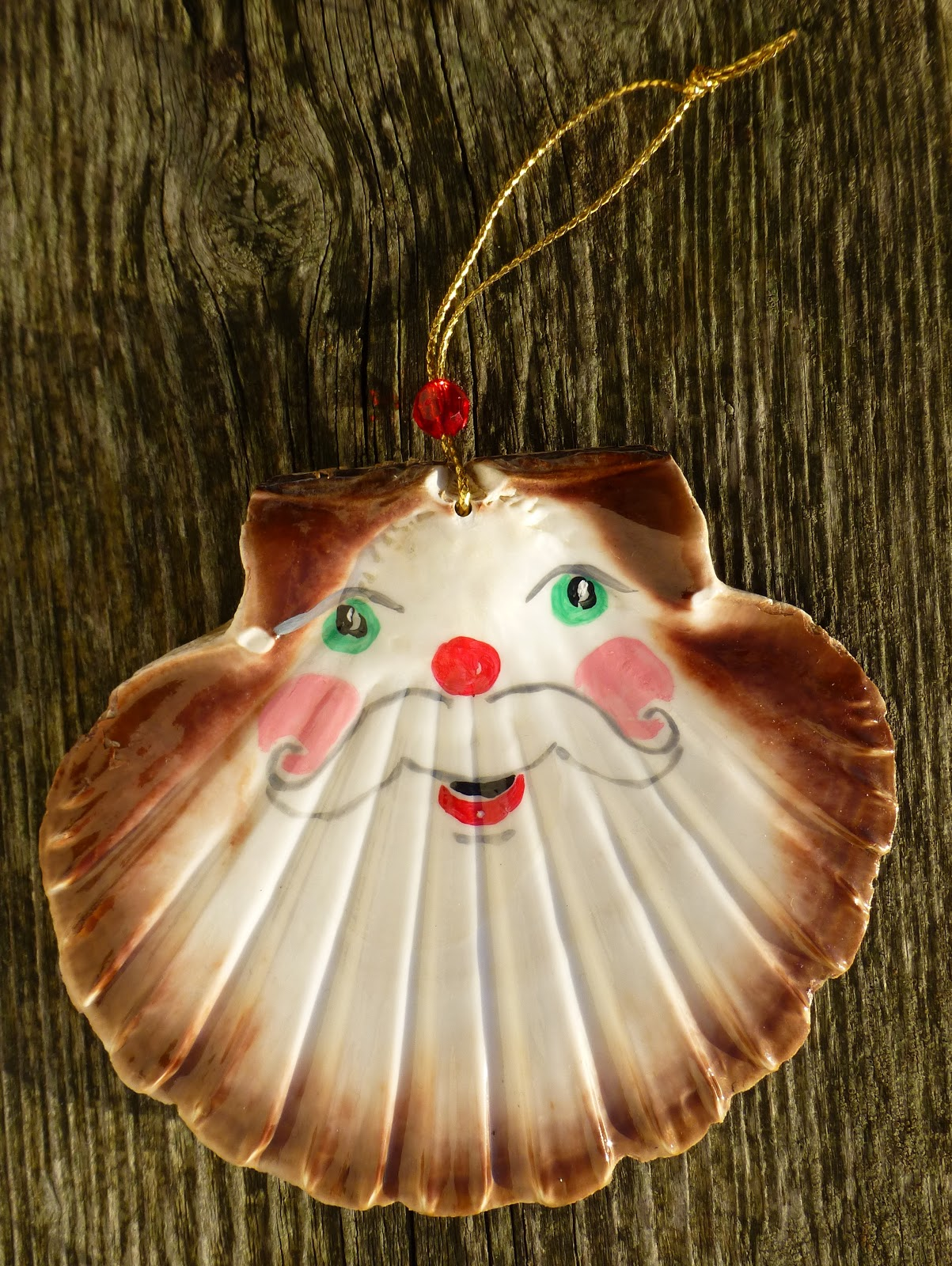 Fair isle scallop shell santa christmas ornaments