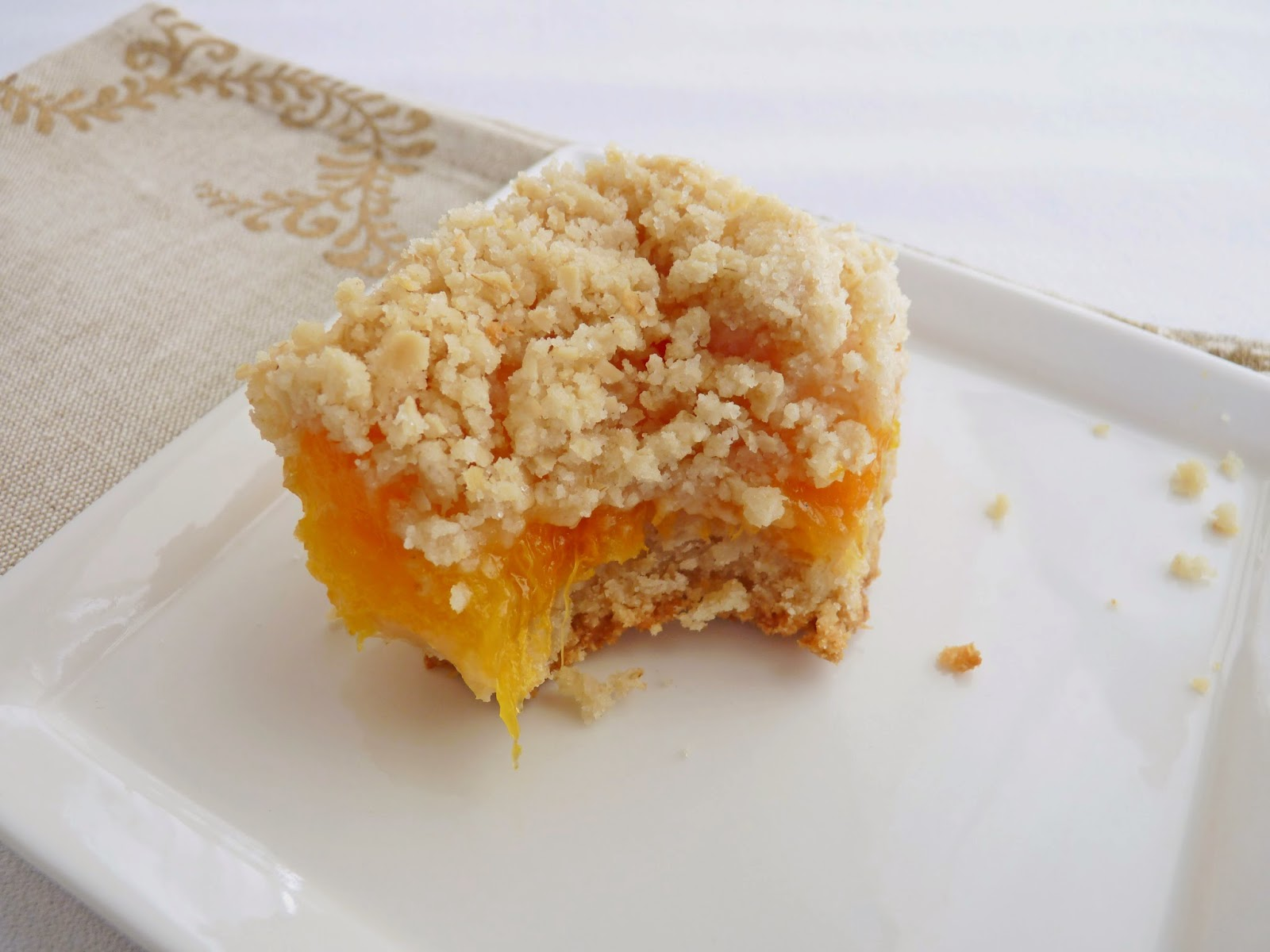 pastry studio: Apricot Oatmeal Bars