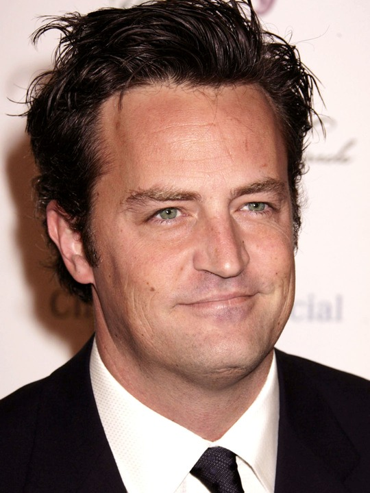 Matthew Perry - HD Wallpapers