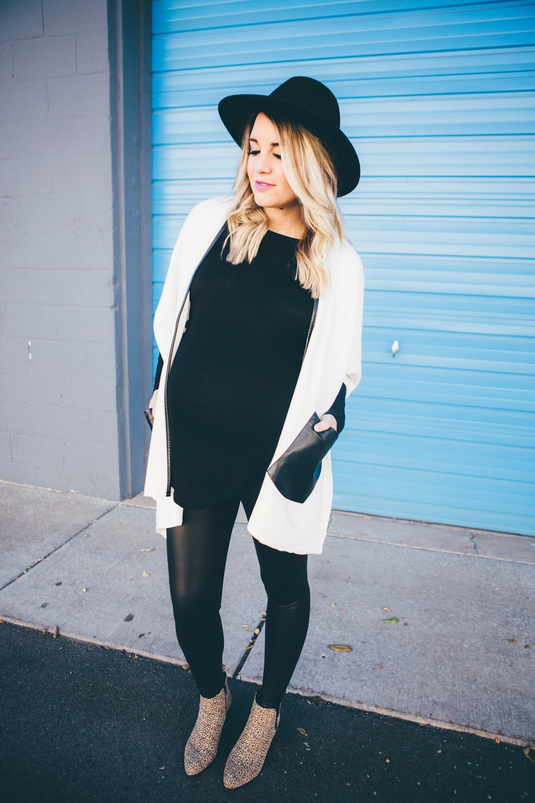 White Poncho Blue Wall Spray Tans Wiwt Link Up The Red Closet Diary