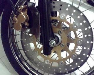 Piringan Cakram Lebar Motor