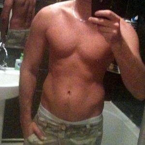 amature naked guys pics