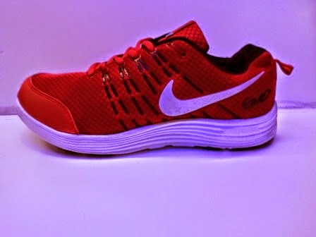 Nike Compete Merah,Nike Running,Nike import murah,Nike Santai.