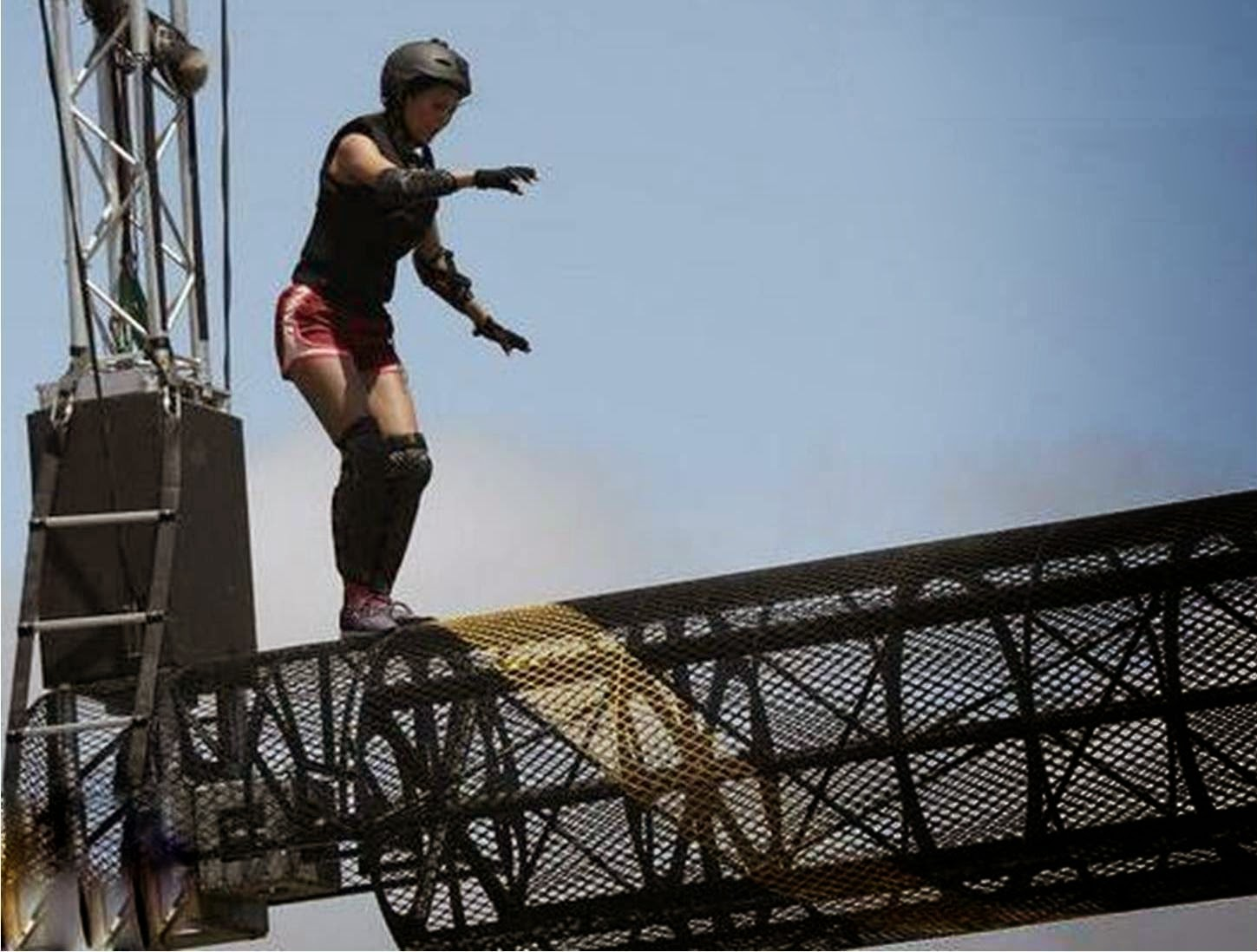 Rochelle on height at rolling rotter for performing Golmal Stunt in Fear Factor Khatron Ke Khiladi 5