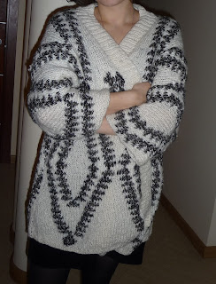 sweter wzór indiański