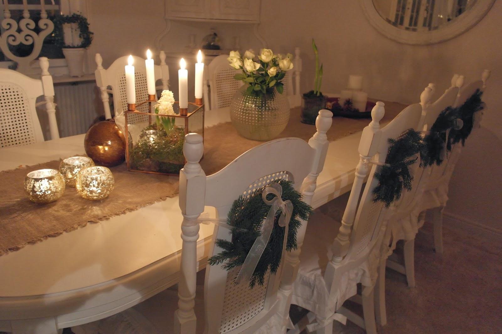 Vardagslycka: jul i vardagsrummet och extraöppet