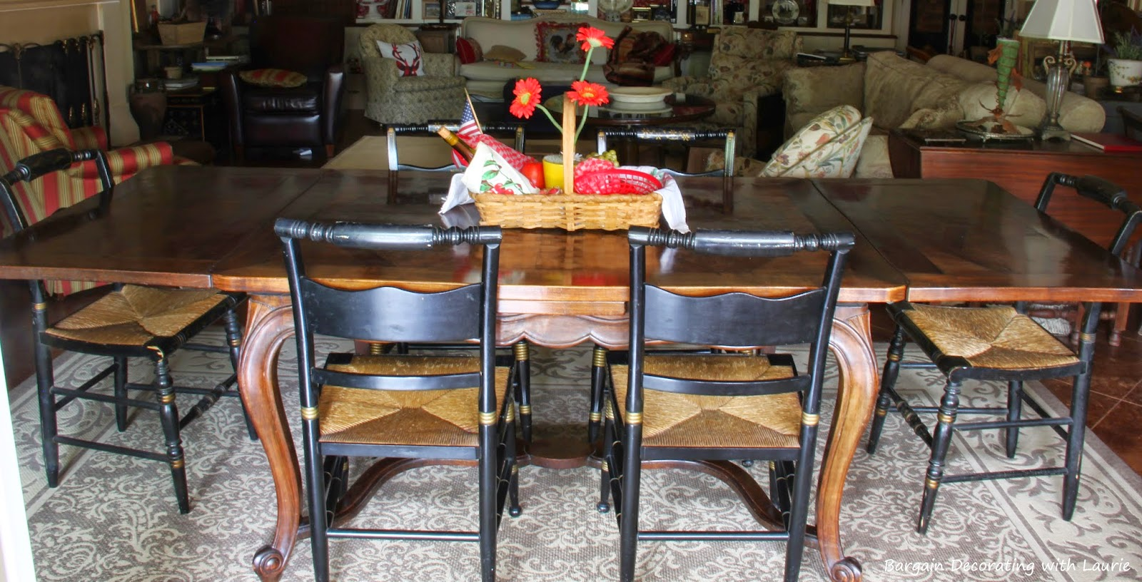So Thats How It Happens That Our Dining Chairs Almost Match We Dont Have A Real Room This Table Is In The Family I Really Like Lower