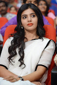Samantha sizzling in white saree-thumbnail-14