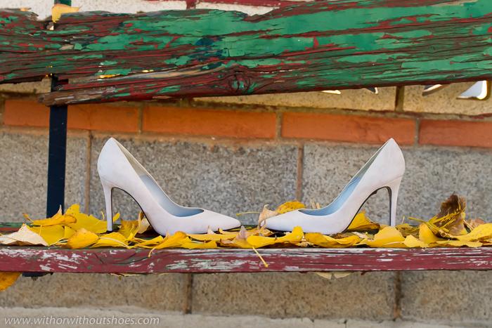 Zapatos de ante grises modelo Mila de la marca de calzado de mujer española Magrit