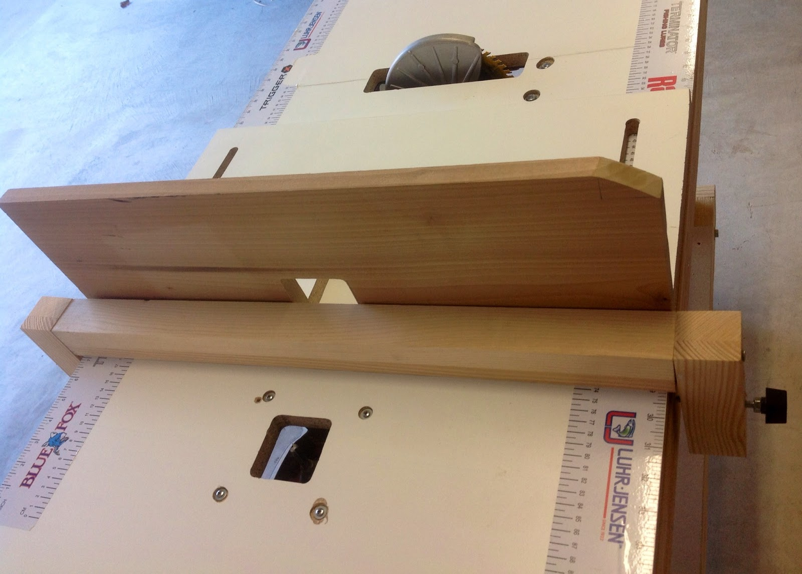 Thinking Wood: Project 2 - DIY Portable 3-in-1 Workbench / Table Saw on