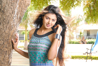 Monal Gajjar Spicy Sizzling Pictureshoot for Sudigadu Movie Stunnign Beauty