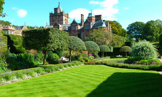 Holker Hall, Summer Garden