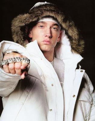 FAMOUS RAPPERS IN THE WORLD Eminem