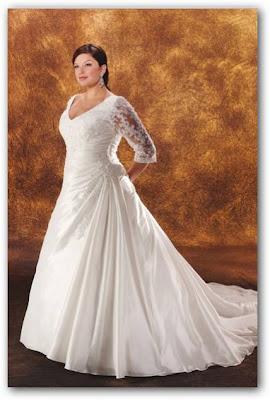 Vestido de novia mangas tres cuartos de encaje y gasa