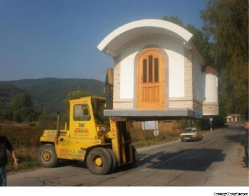 Ad orientem portable churches go on sale in serbia - Exterior church crosses for sale ...