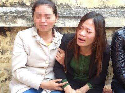 Chị Nhài - vợ nạn nhân Trực đau xót kể lại sự việc. Ảnh: TN.