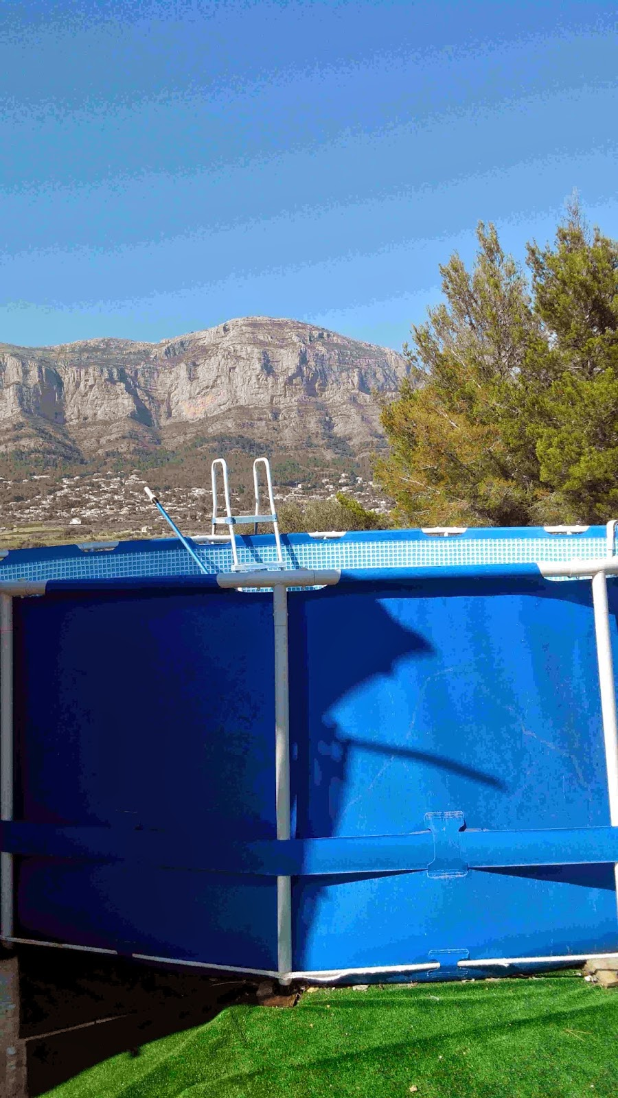 T cnico en mantenimiento de piscinas que necesitamos for Piscinas muy pequenas