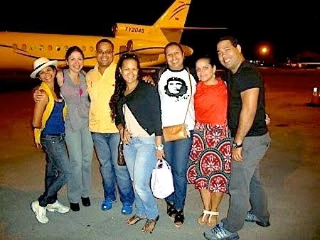 [Imagem: viagem-avia%CC%83o-filhas-cha%CC%81vez.jpg]