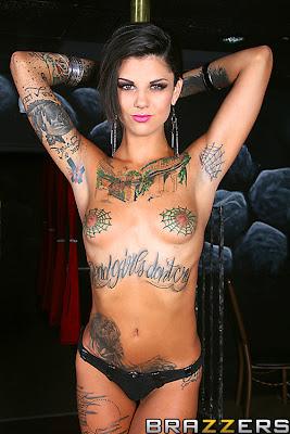 Sexy Tattoo Nude