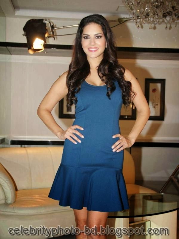 Sunny+Leone+Photos+in+Short+Dress+at+MTV+Webbed+In+Mumbai+Drama+Series+Shooting001
