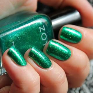 Unhas verde brilhantes