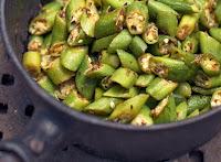 Quiabo ao Azeite e Curry (vegana)