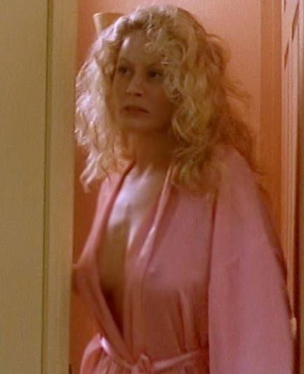 Beverly Dangelo Masturbating in Front of Guest: Porn d5